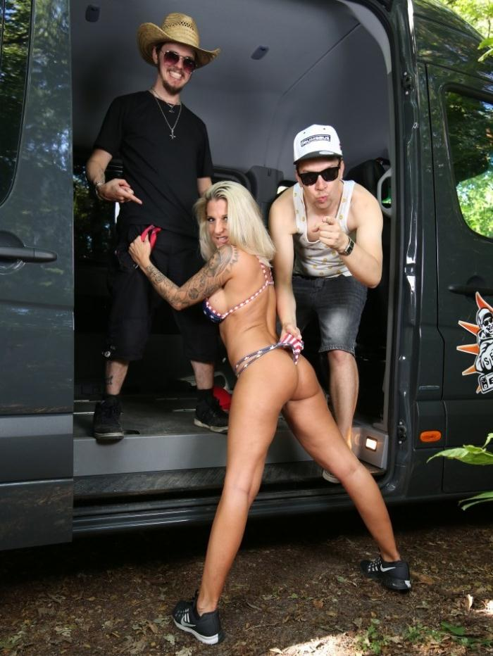 Bus Porn - Samy Fox - Blonde German babe gets her pussy stuffed with black cock after sucking it  [SD 480p]