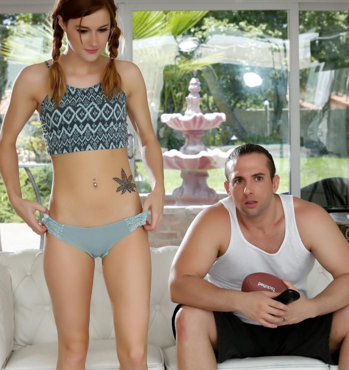 BBClips - Alaina Dawson - Football Slut  [HD 720p]