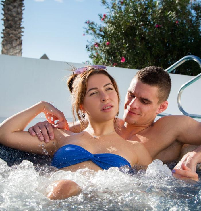 SexArt: Ally Breelsen - Jacuzzi  [HD 720p]  (Legal Teen)