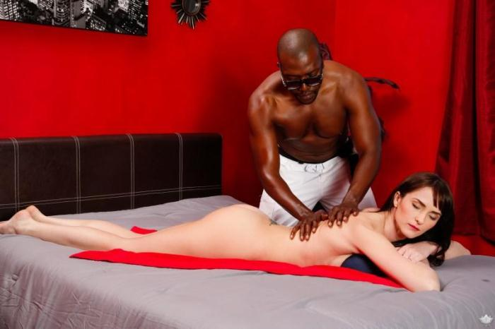F4nt4syM4ss4g3.com - Bianca Breeze, Moe Johnson - Wife's Fantasy Surprise (Massage) [SD, 544p]