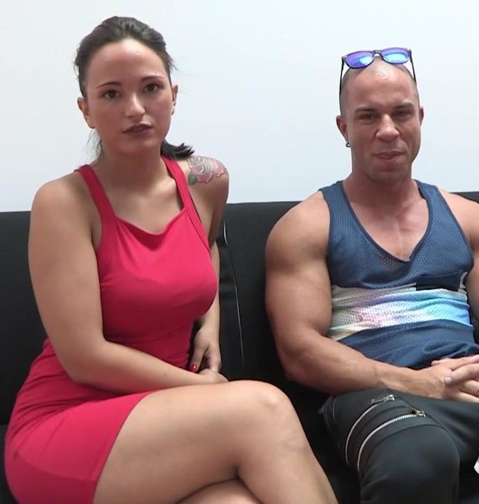 Fakings: Antonio Aguilera,Claudia MYHYV - La chica de MYHYV que se convirtio en una adicta al sexo mas guarro y extremo.  [HD 720p]  (Spanish porn)