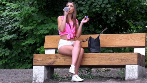Publ1cP1ckUps.com/M0f0s.com [Lulu Love - Euro Hottie\'s Sexy Amateur Pussy] SD, 480p