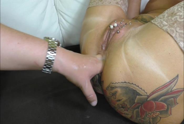 Sicflics.com - Amateur - Brutal anal fisting orgasms September 25th, 2016 [HD 736p]