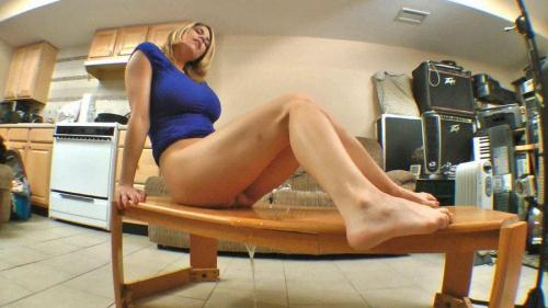 Clips4Sale.com [Carissa Montgomery - Relief on the Coffee Table] HD, 720p