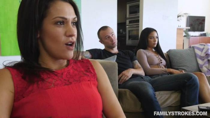 FamilyStrokes.com - Maya Bijou - Mommy Loves Movie Day [SD 540p]