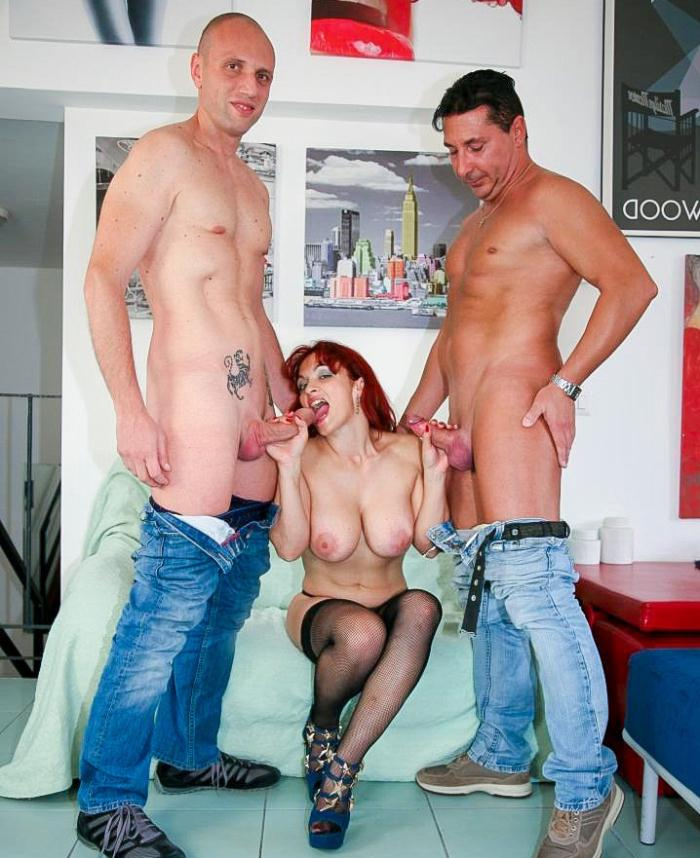 Mary Rider - Italian 40+ MILF Mary Rider gets facialized after hardcore MMF threesome  [SD 480p]