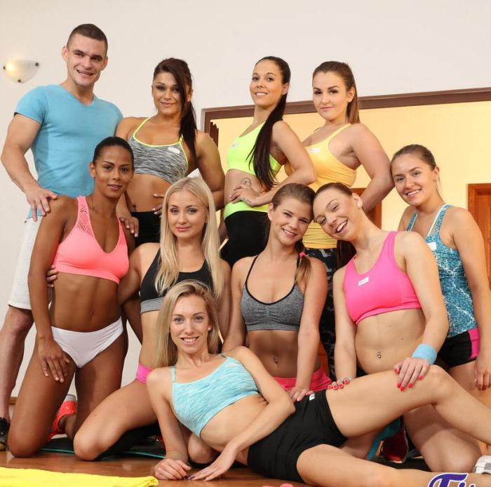 Cayla Lyons, Sarah Kay - Threesome with young gym babes  [FullHD 1080p]