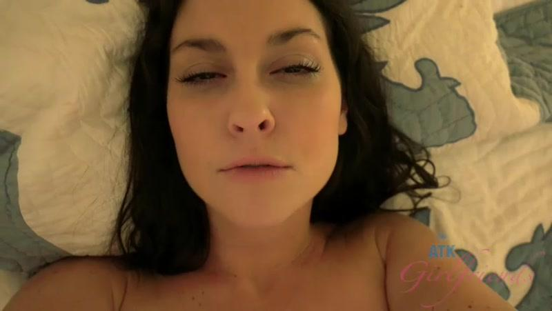 Brittany Shae - Anal and creampie - Hawaii (28.09.2016) [4TKGirlfriends / SD]