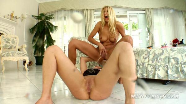 Crazy Two Lesbians (HD 720p)