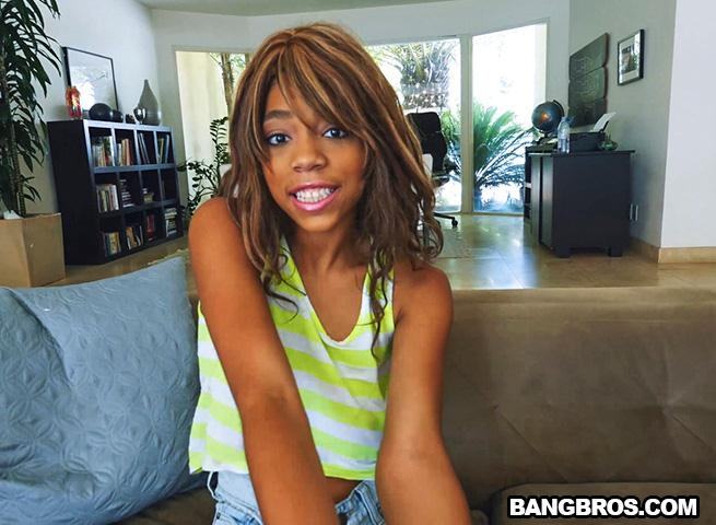 Br0wnBunn13s.com - Annabelle Rey - Black Hottie satisfied by White Dick (Teen, Ebony) [SD, 480p]
