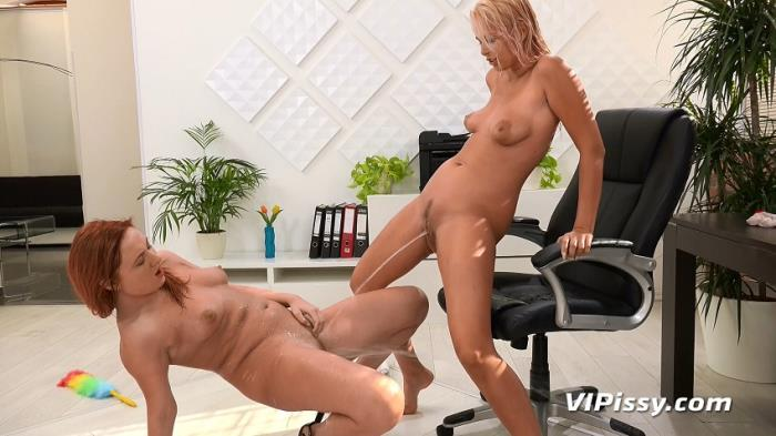 (VIP Pissy) Eva Berger, Nikki Dream - Cleaning Lady (HD/720p/377 MB/2016)