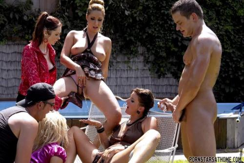 Piss Party With The Pool Boys Part 1 [HD, 720p] [T41nst3r.com] - Pissing