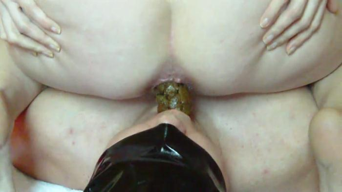 Scat - Facial shitting in his mouth - Femdom (Extreme) [FullHD, 1080p]
