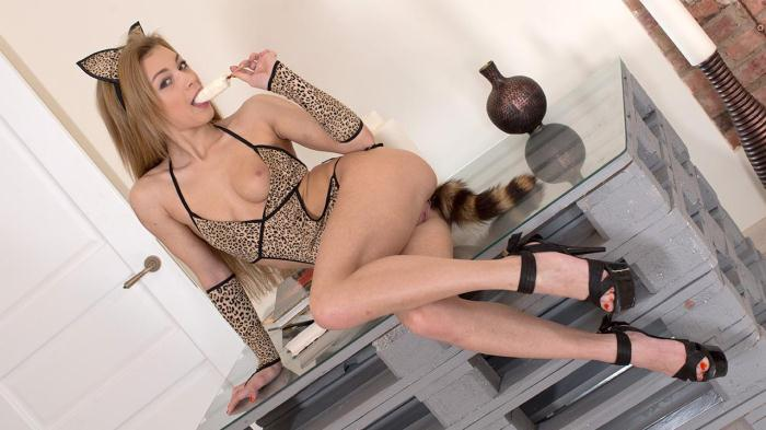 Porn18.com - Sonya Sweet - Anal Toy for Sexy Cat (Russian) [HD, 720p]