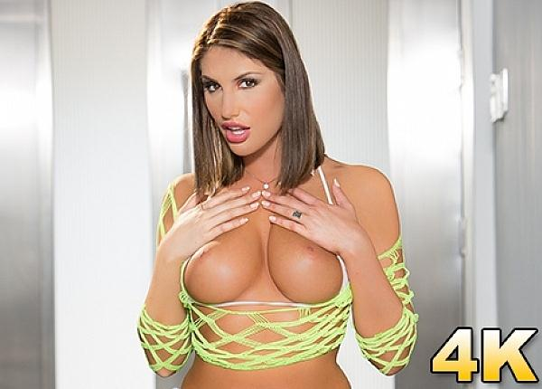 August Ames Shows Off Her Perfect Natural Rack (20.09.2016) [JulesJordan / SD]