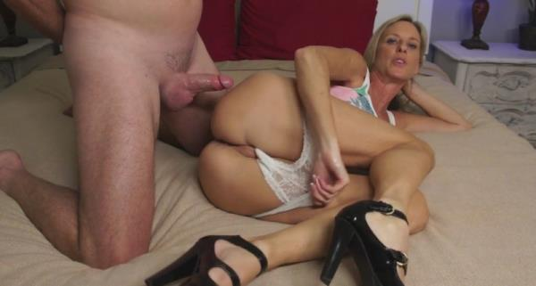 Jodi West - Your Mom And Your Best Friend [FullHD 1080p] JodiWest.com