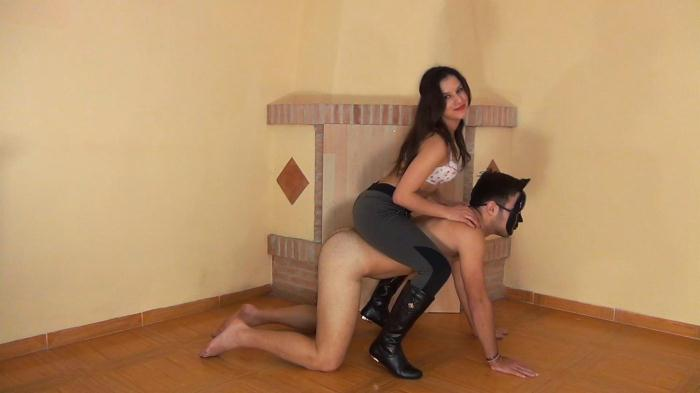 Riding the Guest Slave by Sara Alfaros (cbtrample) FullHD 1080p