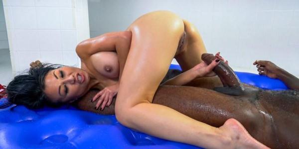 Jackie Lin - Asian massage with more than a happy ending - FuckySucky.com (SD, 480p) [Asian, Interracial, Teen]