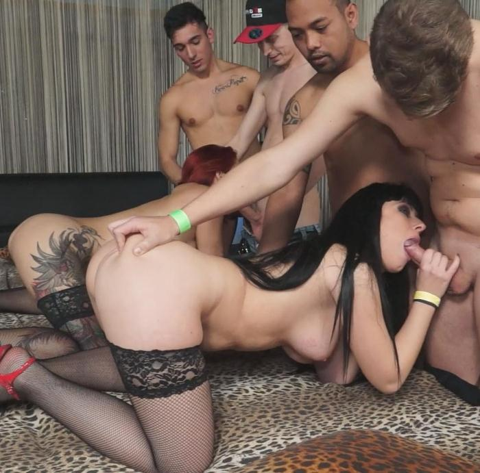 Luna Oara, Mary Rider, Luna Dark - Wild interracial Italian orgy with beautiful European babes PT 1  [HD 720p]
