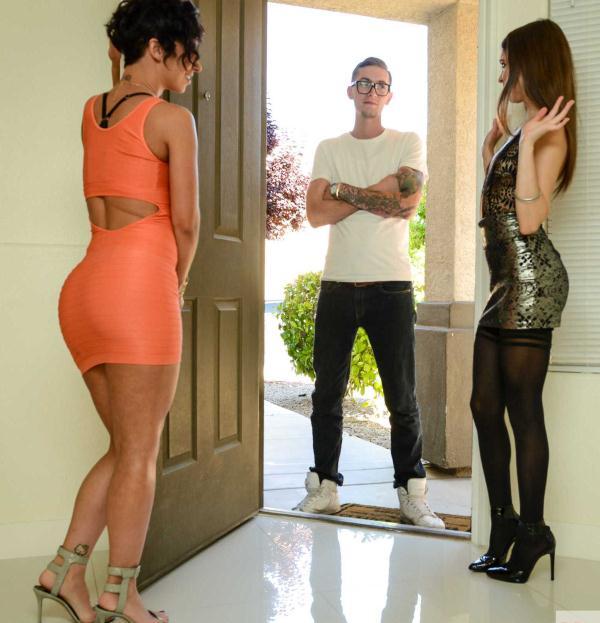 Jada Stevens, Riley Reid - Naughty Rich Girls  (NaughtyRichGirls/NaughtyAmerica/HD/720p/1.30 GiB) from Rapidgator