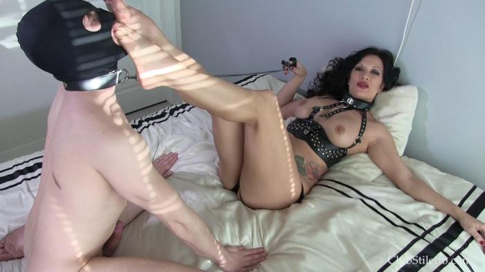 Addicted To Her (ClubStiletto) FullHD 1080p