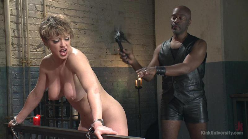 Dee Williams (Sexual Flogging / 29.02.2016) [KinkUniversity / HD]
