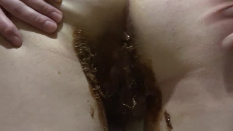 Girl near the toilet shit - Solo (SCAT / 25 Sep 2016) [FullHD]