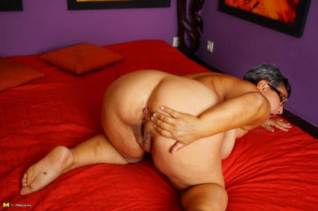 Mature.eu: Mariette (54) - Big beautiful older lady fooling around (HD/2016)