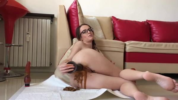Shitty ass wants huge dildo - Extreme Anal Fisting (FullHD 1080p)