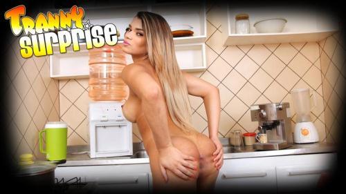 Paulinha Lima - Dirty Secrets [HD, 720p] [Tr4nnySurpr1s3.com] - Shemale