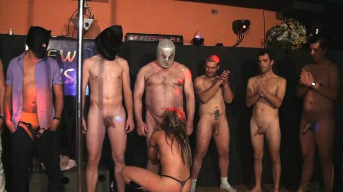F4k1ngs.com - Sonia Lion - El bukkake LIBERAL mas delirante solo podiamos montarlo nosotros (Bukkake, Group sex) [HD, 720p]