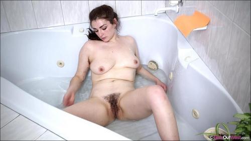 G1rls0utW3st [Holly Masturbation] HD, 720p
