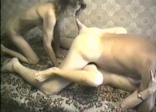 [Home Threesome Sex] SD, 462p