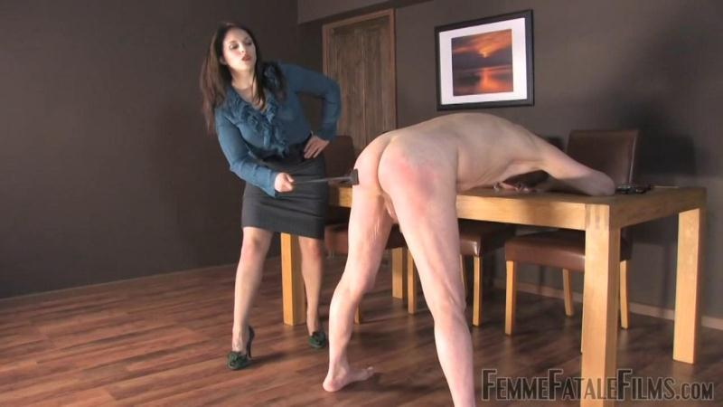 Earn Your Leash (Updated 29th Aug 2016) [FemmeFataleFilms / HD]
