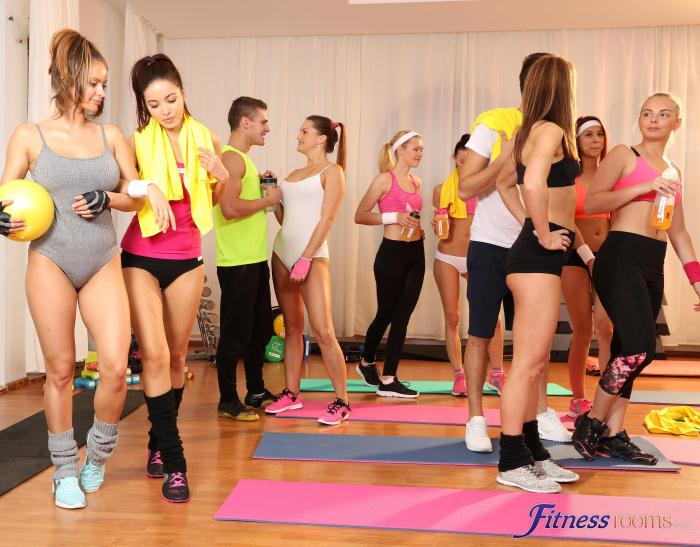 FitnessRooms - Barbara Bieber - Sweaty workout after class [HD 720p]