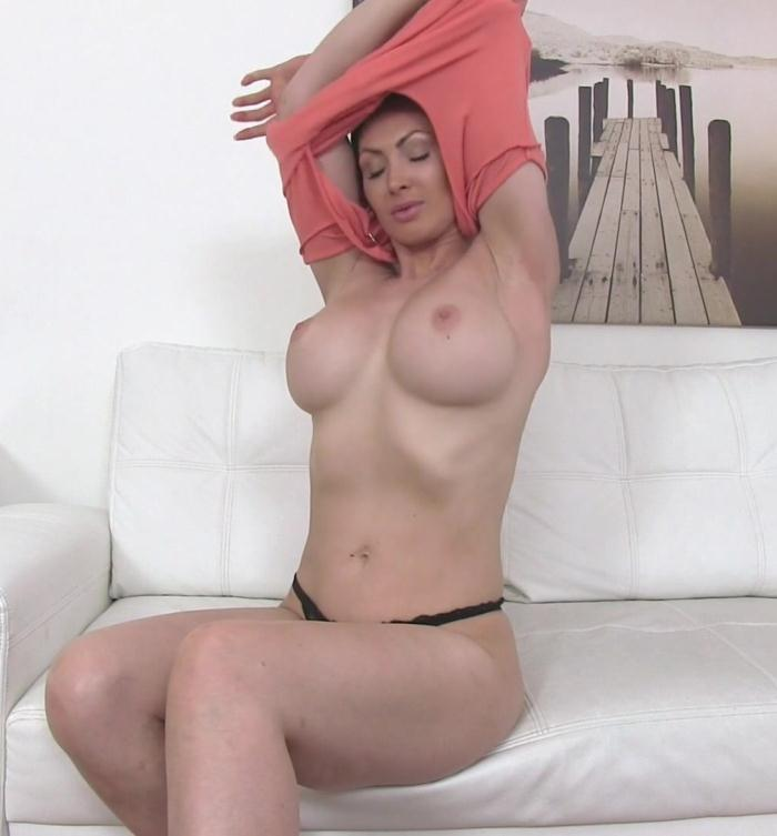 Yasmin Scott - Big Tits Australian Wants Model Job  [HD 720p]