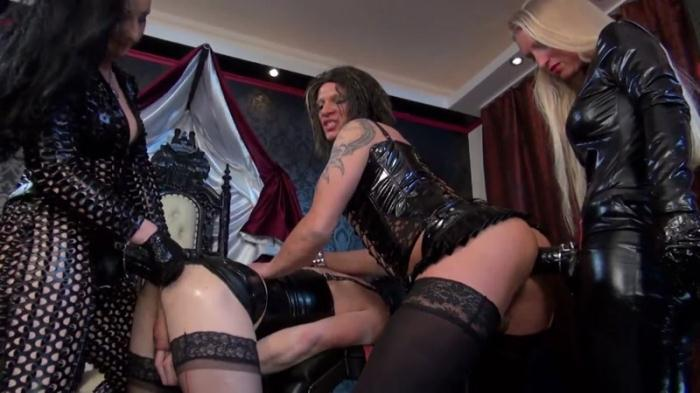 Two deep ass holes of sissy sluts for Mistresses (Strapon) [FullHD, 1080p]