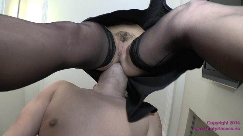 Cameron Dee - I Want You On Your Knees And Naked [BratPrincess, Clips4Sale / FullHD]