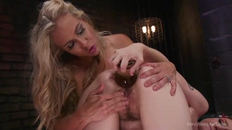 Big Tit, Big Ass Nun teaches Porn star how to be humble with Huge Anal (Angel Allwood, Violet Monroe / 09.09.16) [EverythingButt / SD]