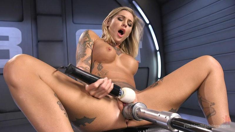 Kleio Valentien (ALT Bombshell Gets the Best Fuck of Her Life / 31.08.2016) [FuckingMachines / HD]