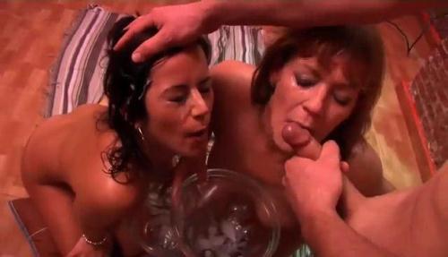 F4k1ngs.com [Delia Rosa, Jazmina - Bukkake con Delia Rosa y Jazmina] SD, 368p