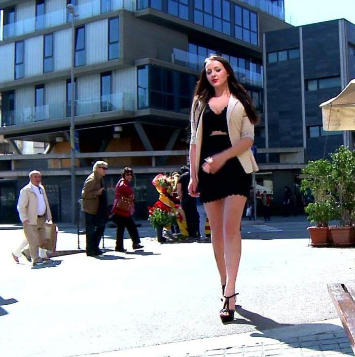 Karolina - Casual sex in the street  [FullHD 1080p]