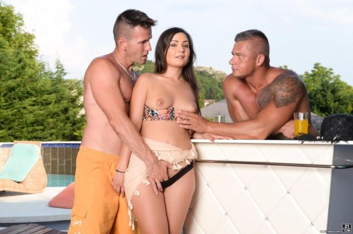 DPF4n4t1cs.com - Anina Silk, Csoky Ice, Zack - Double Dutch (Group sex) [SD, 544p]