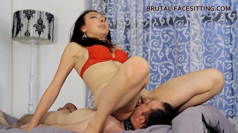 (Facesitting / WMV) Anabell - Facesitting Brutal-Facesitting.com - HD 720p