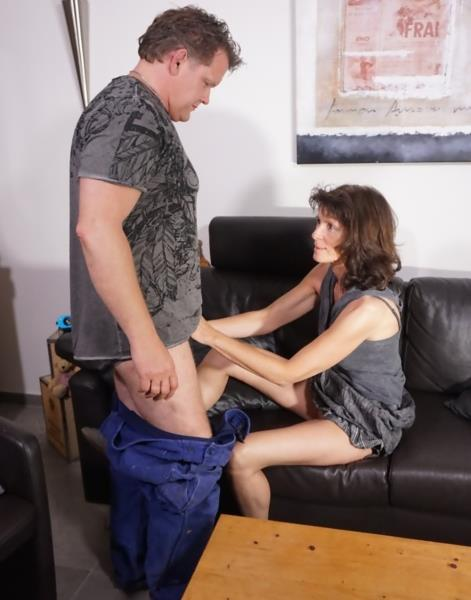 HausfrauFicken: Julia S, Thomas T. - A brunette cheating wife is pounded hard during German reality porn video (HD/2016)