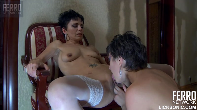 Nimfa aka Viola - Kissing (Russian Mature / 30 Sep 2016) [F3RR0N3TW0RK / HD]
