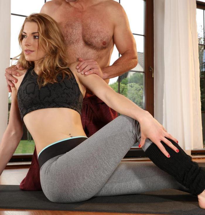 Victoria Daniels - Dirty yoga teacher on fitness model  [HD 720p]