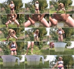 Mini Minx - August Piss (Amateur) [SneakyPee / HD]