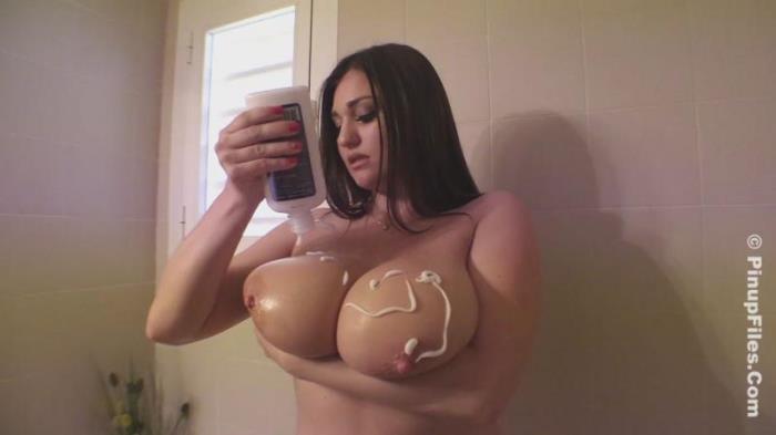 Pinupfiles.com - Demmi Blaze - Sexy Shower 1 [HD 720p]