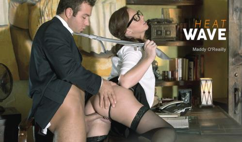Heat Wave - Chad White, Maddy OReilly (SiteRip/Babes/HD720p)